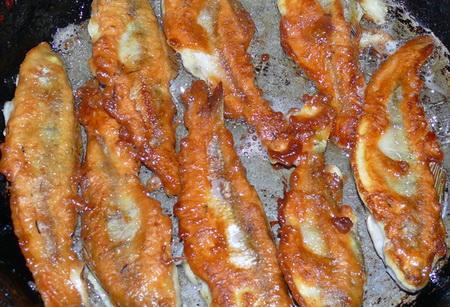 chipsy-iz-okunya-s-kefirnym-pecheniem-a